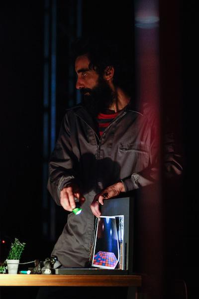 Master Pere at work on Teatrillu's second camera.